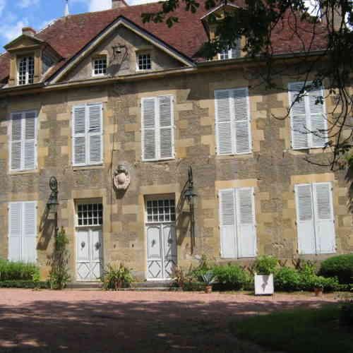 Château du Bourg Gentilhommière Lurcy-le-Bourg ©CCLB