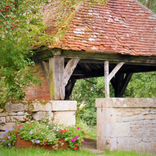 Lavoir du Bourg Dompierre-sur-Nièvre ©CommunedeDompierre