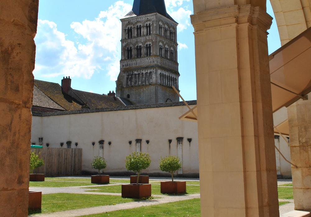 Vu sur Prieuré - La Charité-sur-Loire ©Ch.Goupi